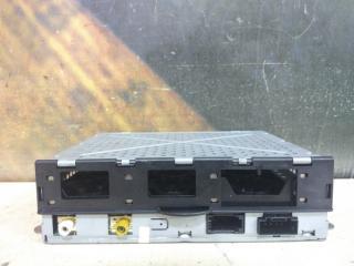 Блок управления сигнала магнитолы AUDI A8 2004