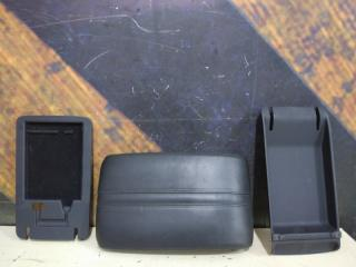 Подлокотник AUDI A8 2004