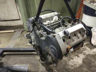 Двигатель AUDI A8 2004