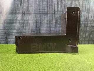 Пластик багажника BMW X5 2005