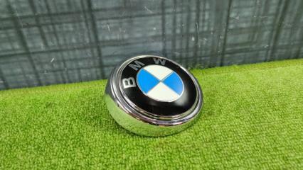 Эмблема BMW X5 2001