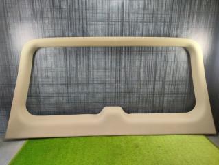 Обшивка крышки багажника Cadillac Escalade 2004