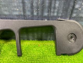 Пластик крышки багажника AUDI Allroad C5 BES