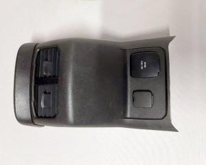 Накладка центральной консоли Ford Fusion 2013