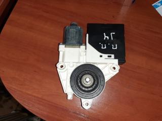 Мотор стеклоподъемника передний правый Volkswagen Jetta 2013