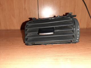 Дефлектор вентиляции левый Volkswagen Jetta 2013