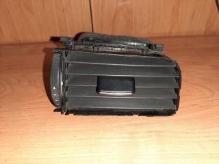 Дефлектор вентиляции правый Volkswagen Jetta 2013