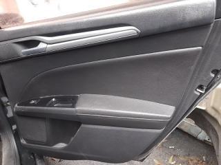 Обшивка двери (карта) задняя правая Ford Fusion Titanium 2012