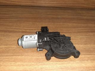Мотор стеклоподъемника задний левый Volkswagen Jetta