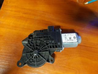 Мотор стеклоподъемника задний правый Volkswagen Jetta