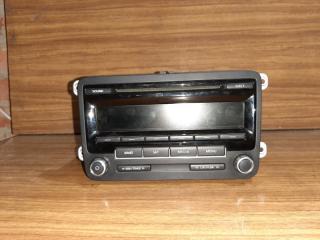 Запчасть магнитофон радио Volkswagen Jetta