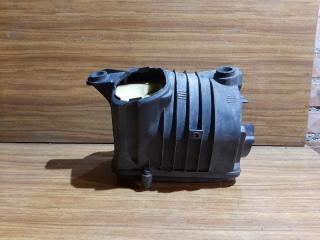 Запчасть корпус воздушного фильтра Volkswagen Jetta