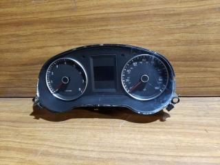 Панель приборов Volkswagen Jetta