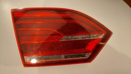 Фонарь внутренний (крышка багажника) задний левый Volkswagen Jetta 2013