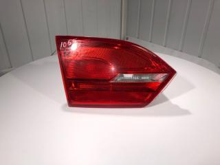 Фонарь внутренний (крышка багажника) задний левый Volkswagen Jetta 2012