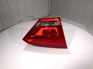 Фонарь внутренний (крышка багажника) задний левый Volkswagen Passat B7 2011