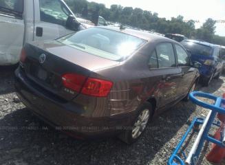 Дверь задняя правая задняя правая Volkswagen Jetta MK6 2011