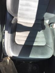 Пассажирское сидение черная кожа переднее правое Volkswagen Passat B7 2012