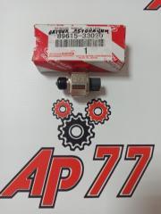 Запчасть датчик детонации Toyota Avensis