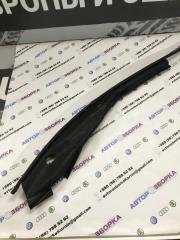 Накладка на крыло передняя правая Infiniti Q50 2014 год