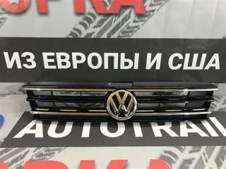 Решетка радиатора передняя Volkswagen Tiguan 2017 год
