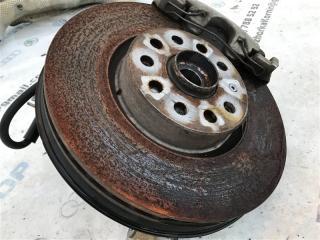 Тормозной диск передний правый Volkswagen CC 2013 года