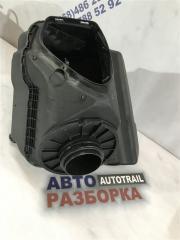 Корпус воздушного фильтра передний Audi A7 2012 год