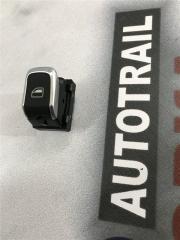 Кнопка стеклоподъемника передняя правая Audi A7 2012 год