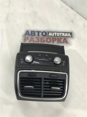 Накладка на центральную консоль задняя Audi A7 2014 год