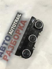 Панель кондиционера Volkswagen CC 2013 года