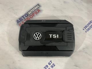 Защитная накладка двигателя Volkswagen Passat 2014 год