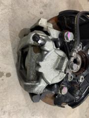 Суппорт тормозной передний правый Volkswagen Passat 2014 год