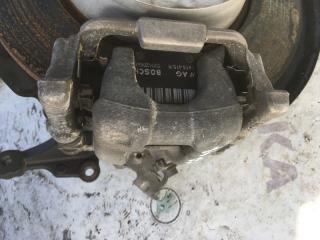Запчасть суппорт тормозной задний правый Volkswagen Passat 2014 год