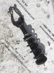Амортизатор передний левый Infiniti Q50 2015 год