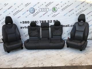 Сиденья салон кожа Volvo XC60 2012 год