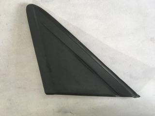 Треугольник заглушка крыла левый Ford Escape 2014 год