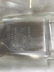 Дефлектор радиатора левый Ford Escape 1.6L