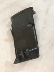 Накладка стойки XC60 2012 год 3.2L