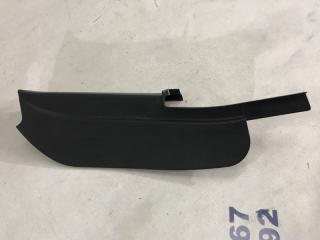 Накладка крепления зеркала правая Ford Escape 2013 года