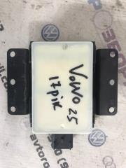 Датчик слепой зоны Volvo XC60 2016 года