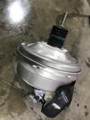 Вакуумный усилитель тормозов Audi A6 2014 год