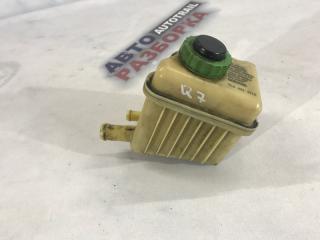 Бачок для тормозной жидкости Audi Q7 2013 год