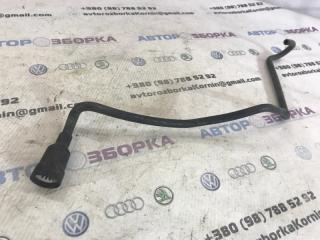 Вентиляционный шланг Audi Q7 2013 год
