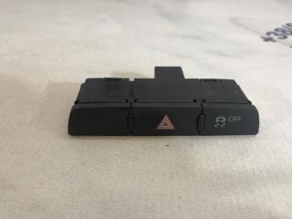 Кнопка аварийки Audi Q7 2013 год