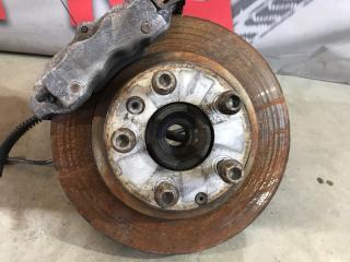 Тормозной диск задний правый Audi Q7 2013 год