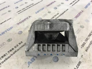 Подушка двигателя Volkswagen CC 2013 года