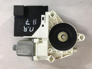 Мотор стеклоподъемника передний правый Volkswagen Passat 2014 год