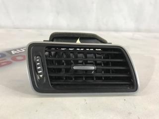 Дефлектор воздуховода Volkswagen CC 2013 года