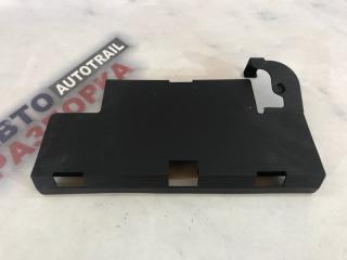 Запчасть крышка аккумулятора Audi A6 2013 года