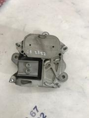 Подушка двигателя Audi A6 2013 года